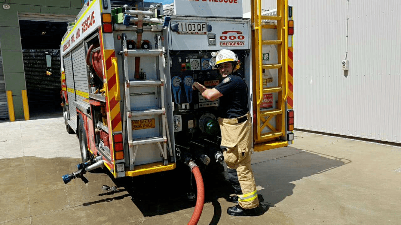 become a firefighter in QLD